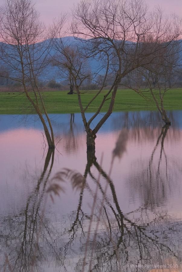 Allagamento di marzo 2010; a seguito delle continue piogge torrenziali il livello dei laghi salì di 6 metri.